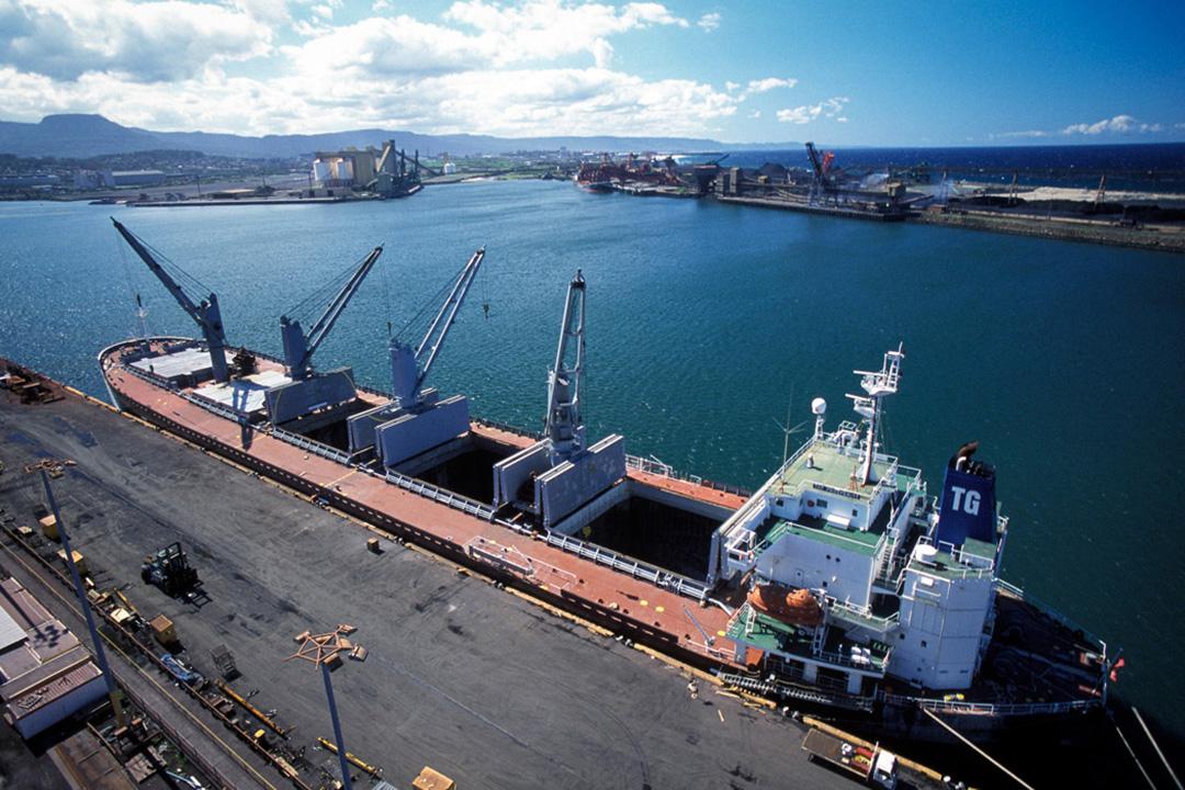 freight-ship-sl